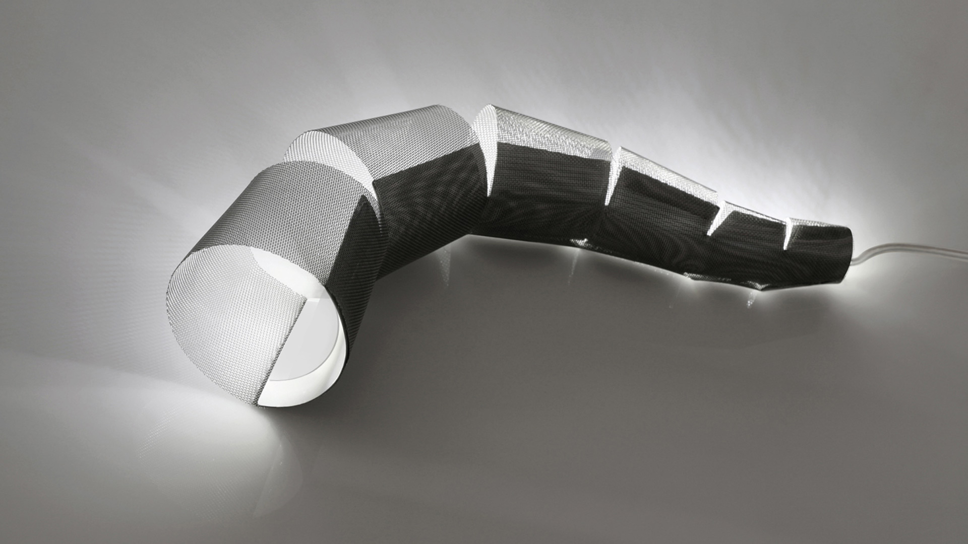 drop tail desktop light
