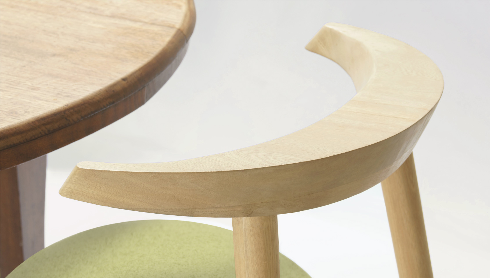 Islero dining chair natural wood